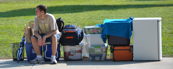 Student moving into residence hall at Vincennes University